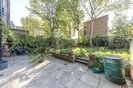 Properties to let in Canonbury Square - N1 2AU view6