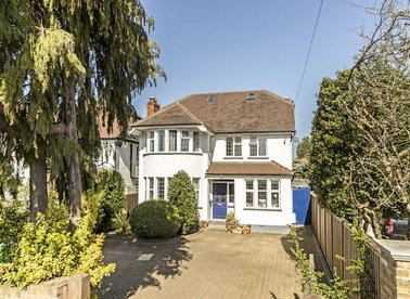 Properties for sale in Acacia Road - TW12 3DS view1