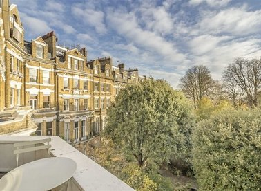 Airlie Gardens, London, W8