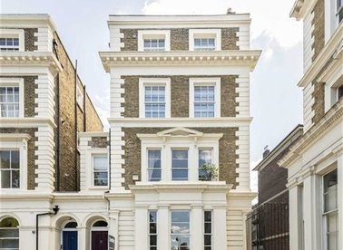 Properties for sale in Albert Square - SW8 1BU view1