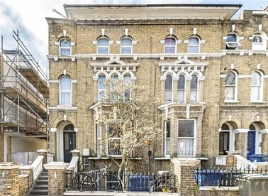 Properties for sale in Alfred Road - W3 6LH view1