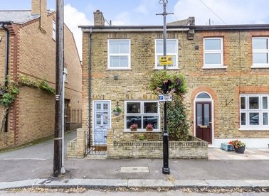 Properties sold in Algar Road - TW7 7AG view1