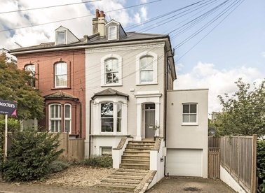 Properties for sale in Amyand Park Road - TW1 3HG view1