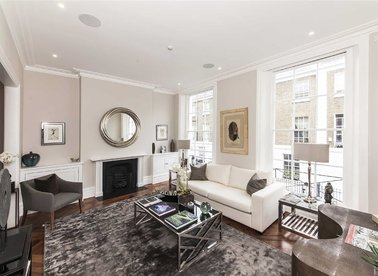 Properties for sale in Anderson Street - SW3 3NH view1