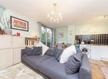 Properties for sale in Asher Way - E1W 2JZ view1