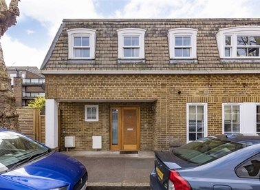 Properties for sale in Ashley Road - TW12 2HU view1