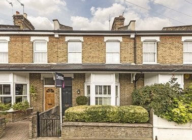 Properties sold in Avenue Road - TW12 2BE view1