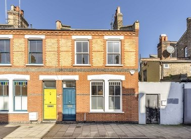 Properties for sale in Beck Road - E8 4RE view1