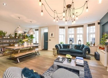 Properties sold in Bedford Avenue - WC1B 3AE view1