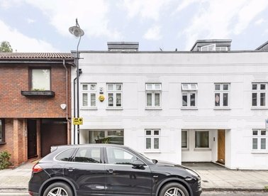 Properties for sale in Belsize Lane - NW3 5AU view1