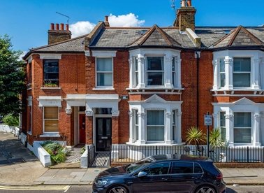 Properties for sale in Blythe Road - W14 0HL view1