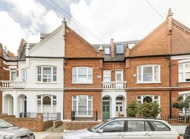 Properties for sale in Bovingdon Road - SW6 2AP view1