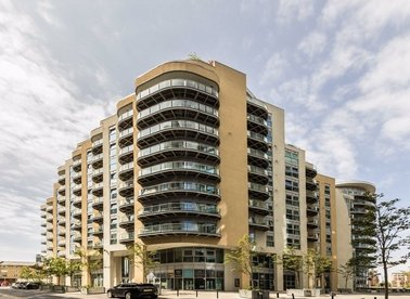 Properties for sale in Bridges Court Road - SW11 3GY view1