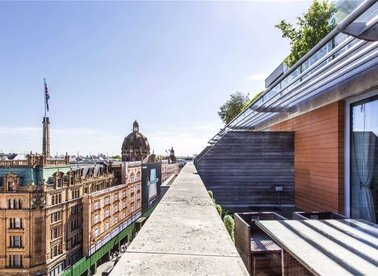 Properties for sale in Brompton Road - SW3 1BW view1