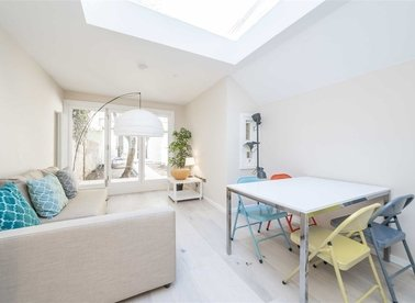 Properties for sale in Brouncker Road - W3 8AF view1