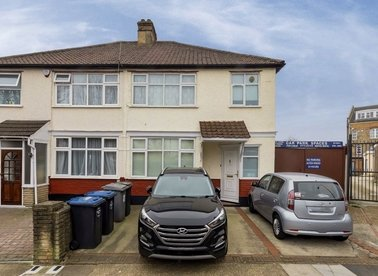 Properties for sale in Burnley Road - NW10 1EE view1