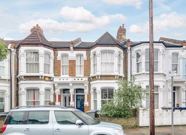 Properties for sale in Burrows Road - NW10 5SL view1