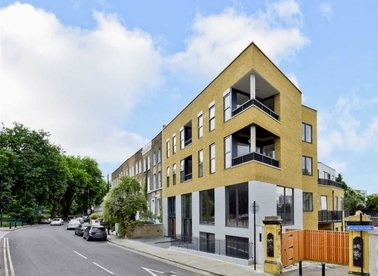 Properties for sale in Cadogan Terrace - E9 5HP view1