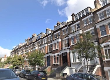 Properties for sale in Carlingford Road - NW3 1RX view1
