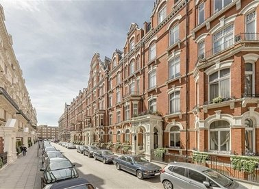 Properties for sale in Carlisle Place - SW1P 1HZ view1