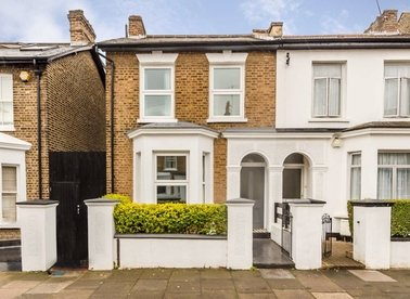 Properties for sale in Chaucer Road - W3 6DP view1