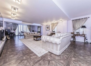Properties for sale in Cinnamon Row - SW11 3TW view1