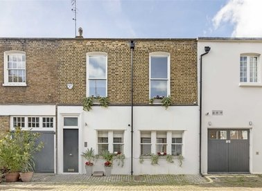 Properties for sale in Clarendon Mews - W2 2NR view1