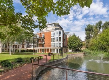 Properties for sale in Coleridge Gardens - SW10 0RB view1