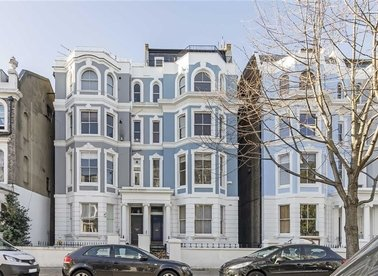Properties for sale in Colville Road - W11 2BT view1