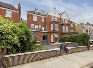 Properties for sale in Compayne Gardens - NW6 3DB view1