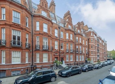 Properties sold in Culford Gardens - SW3 2SX view1