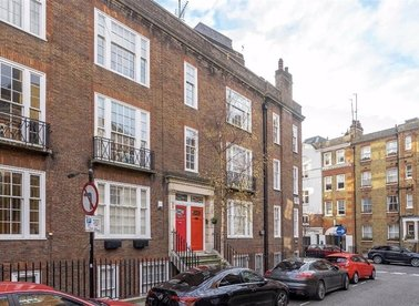 Properties for sale in De Walden Street - W1G 8RJ view1