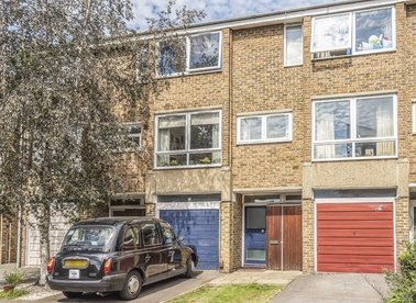 Properties for sale in Deena Close - W3 0HR view1