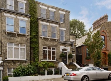 Properties for sale in Denning Road - NW3 1SU view1