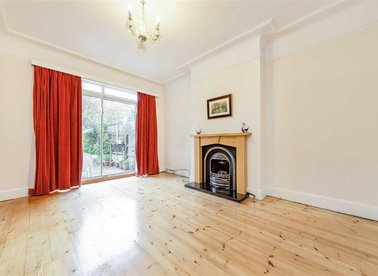 Properties sold in Donnington Road - NW10 3QN view1