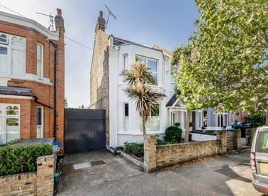 Properties for sale in Dundonald Road - NW10 3HR view1