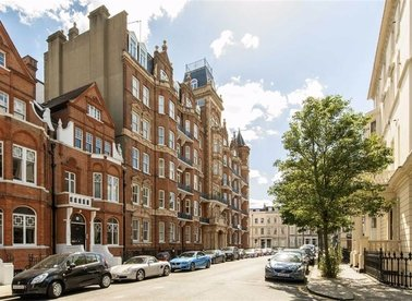 Properties for sale in Earl's Court Square - SW5 9UH view1