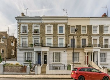Properties for sale in Edbrooke Road - W9 2DE view1