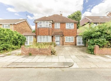 Properties for sale in Egerton Road - TW2 7SP view1