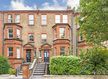 Properties sold in Essendine Road - W9 2LS view1