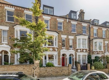 Properties for sale in Estelle Road - NW3 2JY view1