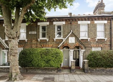 Eversleigh Road, London, SW11