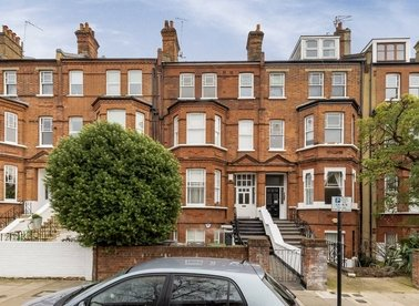 Properties for sale in Fairhazel Gardens - NW6 3SJ view1