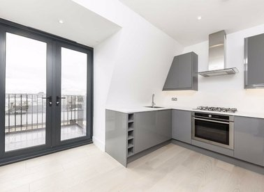 Properties for sale in Finchley Road - NW3 5HL view1