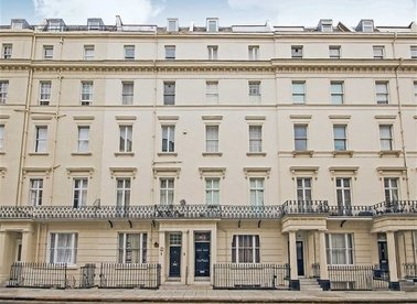 Properties sold in Gloucester Terrace - W2 3DA view1