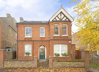 Properties for sale in Grafton Road - W3 6PD view1