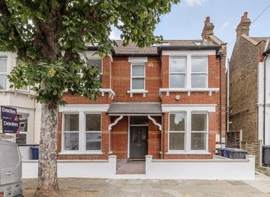 Properties for sale in Grafton Road - W3 6PF view1