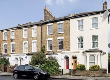 Properties for sale in Graham Road - E8 1PB view1