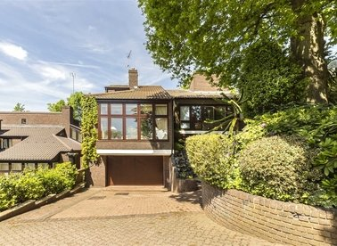 Properties for sale in Grange Gardens - NW3 7XG view1
