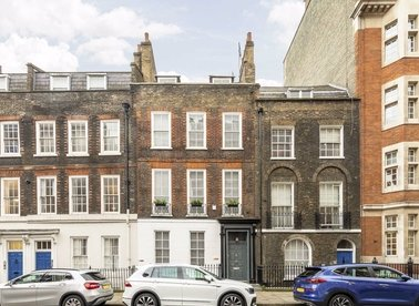 Properties for sale in Great Ormond Street - WC1N 3HZ view1